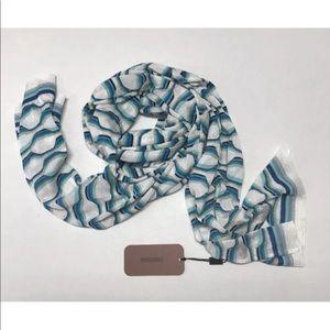 New Missoni scarf color 3472; style E13.MD.169548